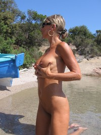 mature beach porn pictures mature porn french salope beach pictures