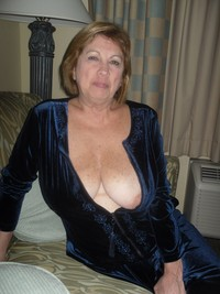 mature big breasted porn amateur porn french mature breasts part photo