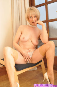 mature blonde porn pictures stocking aces mature blonde hot lingerie quot stockings porno fetish