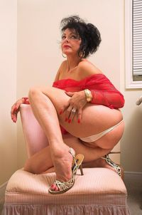 mature chicks pics media americanmilf kono mmmmmmm perfect come see more mature chicks cloud