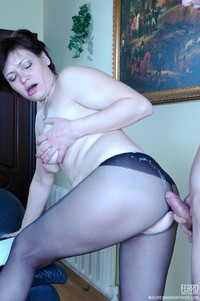mature chicks pics pictures pantyhose matures young man fucks chubby mature