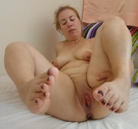 mature chubby porn pic amateur porn mature chubby bbw shaved wet pussy photo