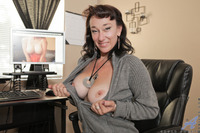 mature cougar porn pics caaa cff gallery busty mature cougar gets creamy pussy after watching porn hioqmqevuju