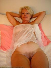mature cunts porn picpost thmbs mature woman fuzzy cunt pics bella flashes bush boobs