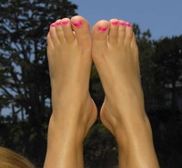 mature feet porn galleries foot bared female soles magazines