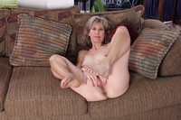 mature feet porn mature porn misc pussy spreaders many bare feet