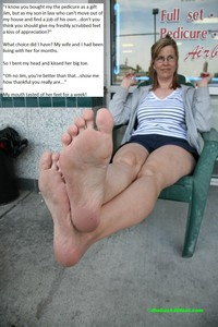 mature foot porn pics mature foot worship captions
