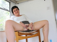 mature milf fucking pics media galleries bbfb ecc valerie une pute mature avec son god french milf fucking dildo