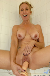 mature milf porn pics galleries jenna covelli hot mature gallery dripping wet milf tits fucks huge toy