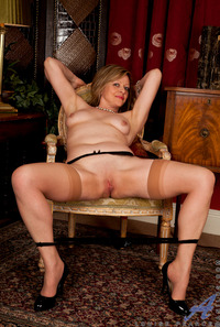 mature milfs naked pictures anilos pics mature sexy milf