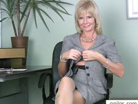 mature mom pic watch hot mom slaps mature pussy