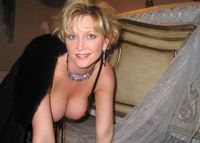 mature mom pics cec debeb gallery real mature wife fisting