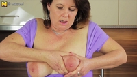 mature moms porn photos real mature moms