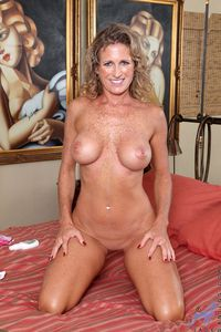 mature moms porn media nude older moms