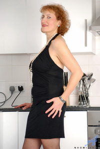 mature moms xxx galleries naomi xxx milf fucker samples challenge