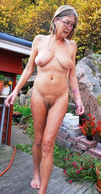 mature nudist pics amateur porn anna mature nudist from norway photo