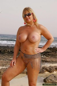 mature nudist pics amateur porn mature german nudist flasher photo