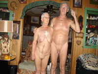 mature nudist picture mature nudism home pictures
