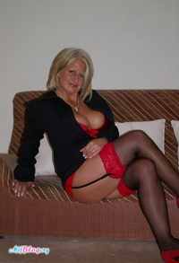 mature nylons porn gallery milf robyn ryder stockings category mature homemade stockingpics views