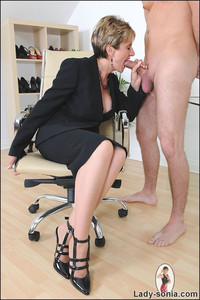 mature office porn pics gallery bitchy mature office boss cock