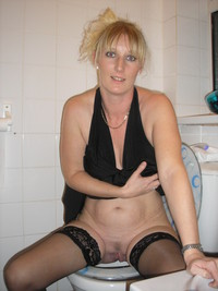 mature pantie gallery amateur porn milf mature panties chubby wet pussy photo