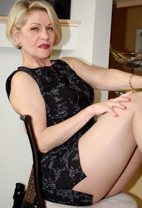 mature pantyhose pictures pantyhose sexy mature