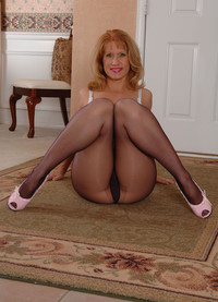 mature pantyhose porn fetish porn softcore mature pantyhose photo