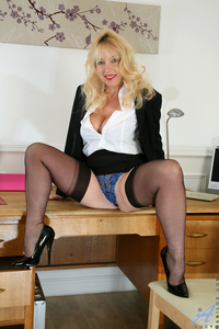 mature porn stockings large usme fin mature busty totally shaved blonde milf lucy gresty spectacular tits wearing black stockings office