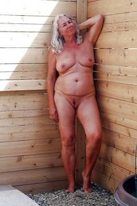 mature porno pix galleries mature mom porno photo shots