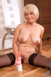 mature pussy images mature xeccffe anilos cougar dana stuffs pussy