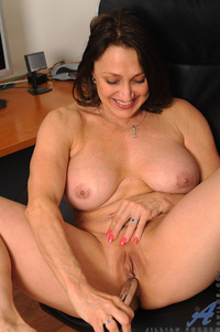 mature pussy pic media mature pussy