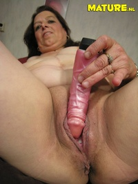 mature pussy porn galleries maturepics mature hairy pussy daily thumbnails pics