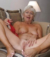 mature sexy feet porn weiberfuesse amateur granny mix granmatures pictures mature feet damm sexy