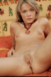 mature small tits wmimg babe bebooxy blonde jolly shaved small tits solo