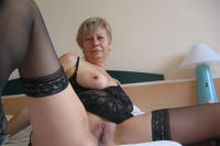 mature spreading porn pics mature porn milf spreading legs showing ass photo