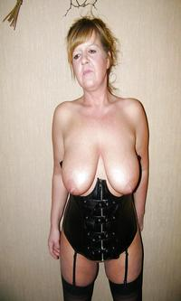 mature tits galleries mature hamster free porn
