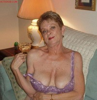mature tits pictures dev