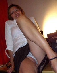 mature up skirt photos mature porn upskirt knickers open legs front photo