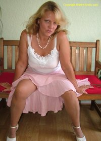 mature upskirt shots gallerypreview photos promoterri search upskirt