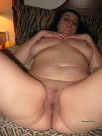 mature vagina pics pictures hairy mature vagina shaved pletely shower rainpow