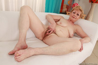 mature vagina picture pictures mature fame digital hardcore hairy pussy fucked