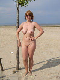 mature wife pic xxxl russian mature wife boobs posing outdoors photos