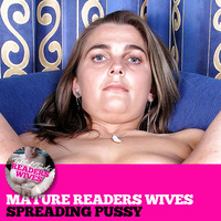 mature wives pics mature wives spreading pussy