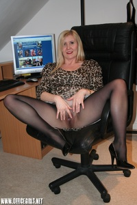 matures and pantyhose galleries large zto gdalhq computer mature pantyhose secretary