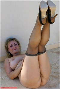 matures and pantyhose galleries djdo tits blonde ass pantyhose high heels european mature milf naked pic red