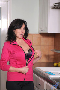 matures porn mobile galleries karen kougar mature porn star samples