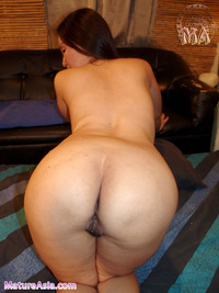 milf asses photos asian milf couger