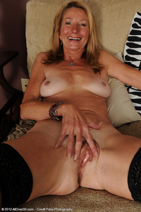 milf nudist galleries pam happy gilf