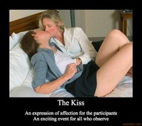 milf photo demotivational poster kiss affection exciting ladies milf posts femme por que los hombres les gustan las mujeres mayores