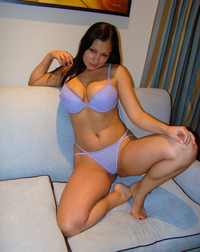 milf photo lavender bra panty milf